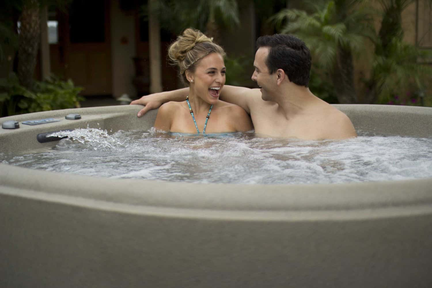 How can 15 minutes in hot tub improve your health - Spa o hot tub ...
